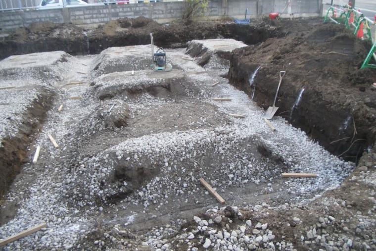 掘削~砕石設置