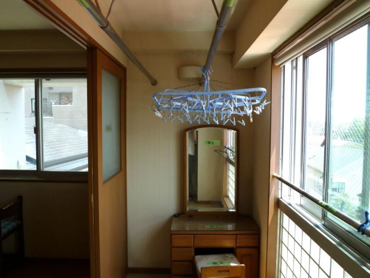 洋室のサンルーム 施工前