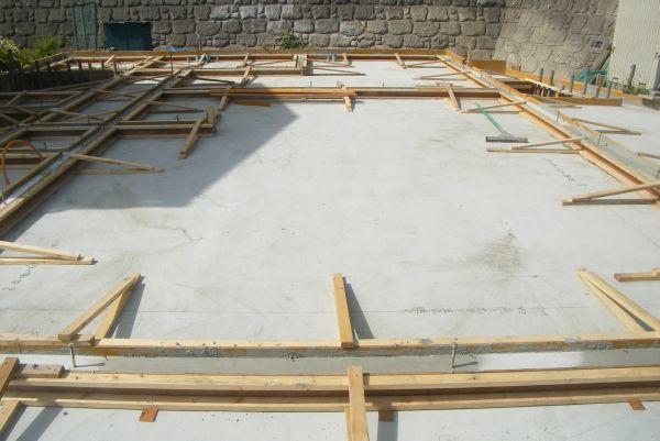 木造基礎部分